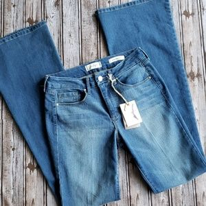 NWT Uptown Slim Flare Jeans Size 27